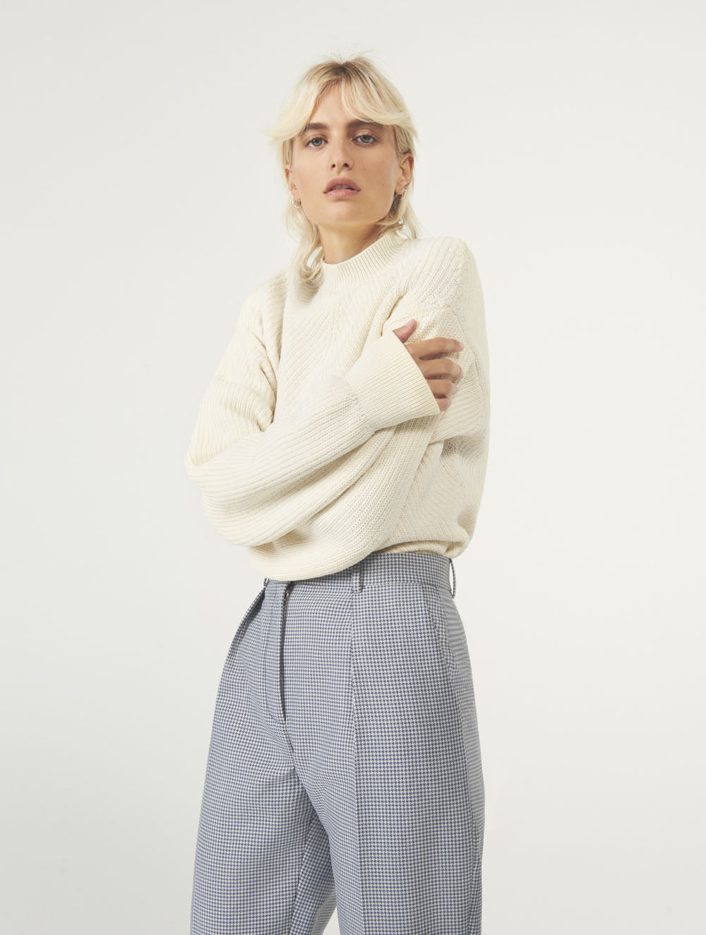 Women Fashion Lookbook Resort 2020 Collection Aknvas Look 5