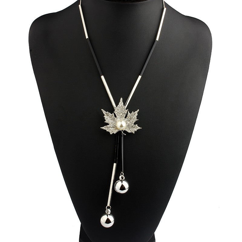 Maple Leaf Bohemian Beaded Necklace - pearlsnlucent.com