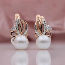 Load image into Gallery viewer, Flaming Freshwater Pearl Earrings - pearlsnlucent.com