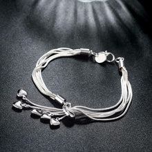 Load image into Gallery viewer, Silver Plated Crystal Hearts Bracelet - pearlsnlucent.com