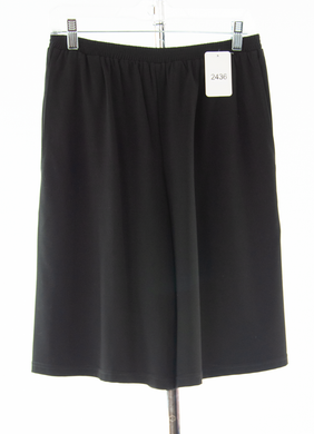 #2436 Sale Rack Item / Walking Culotte / Petite Medium / Black