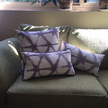 Load image into Gallery viewer, Shibori StyleCushion - Rectangle