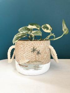 Small Island Escape Pot