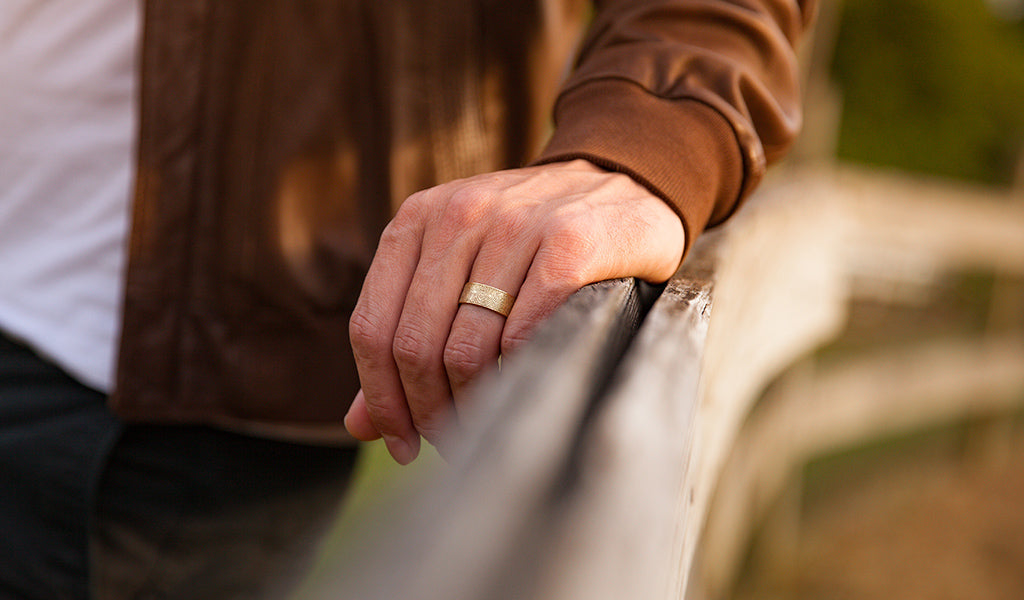 How to Personalize Your Wedding Ring