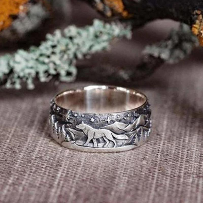 Wolf and She-wolf Paired Rings