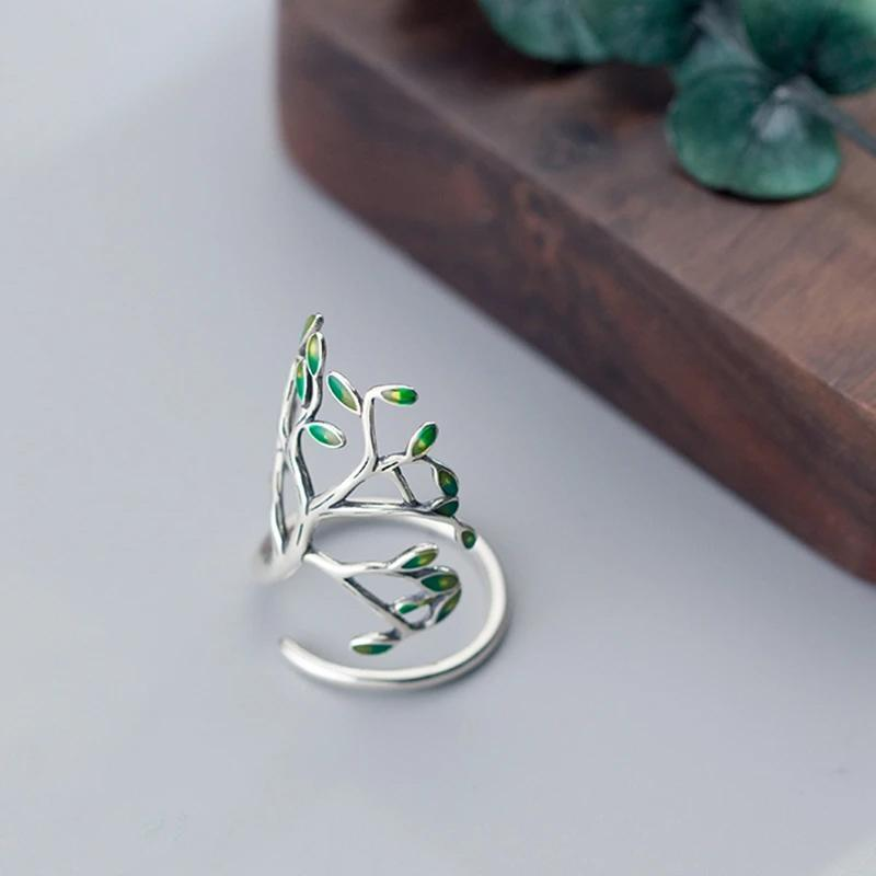 Adjustable Tree Branch Ring