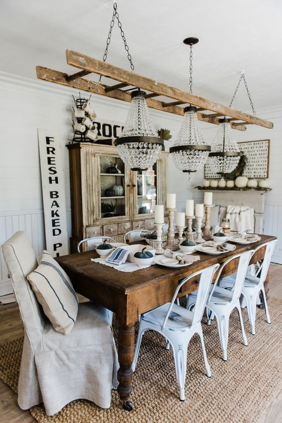 Simple Neutral Fall Dining Room - Lovely farmhouse & rustic cottage style…: