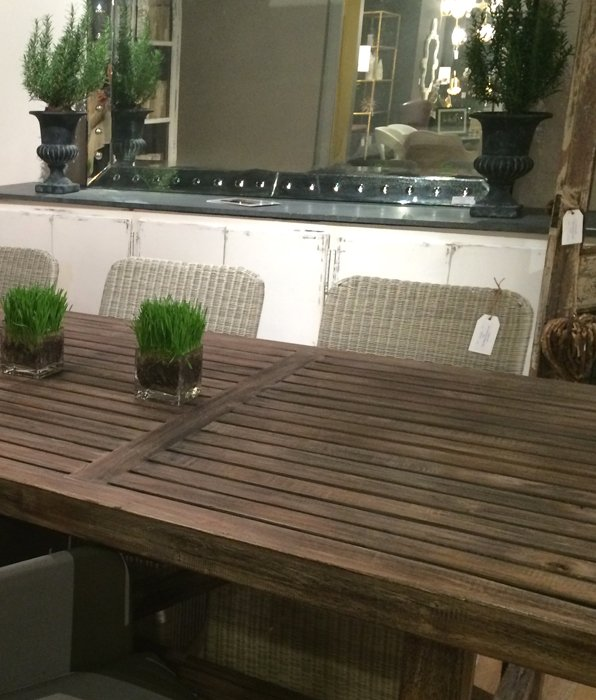 natural_home_plank_table_rattan_chairs