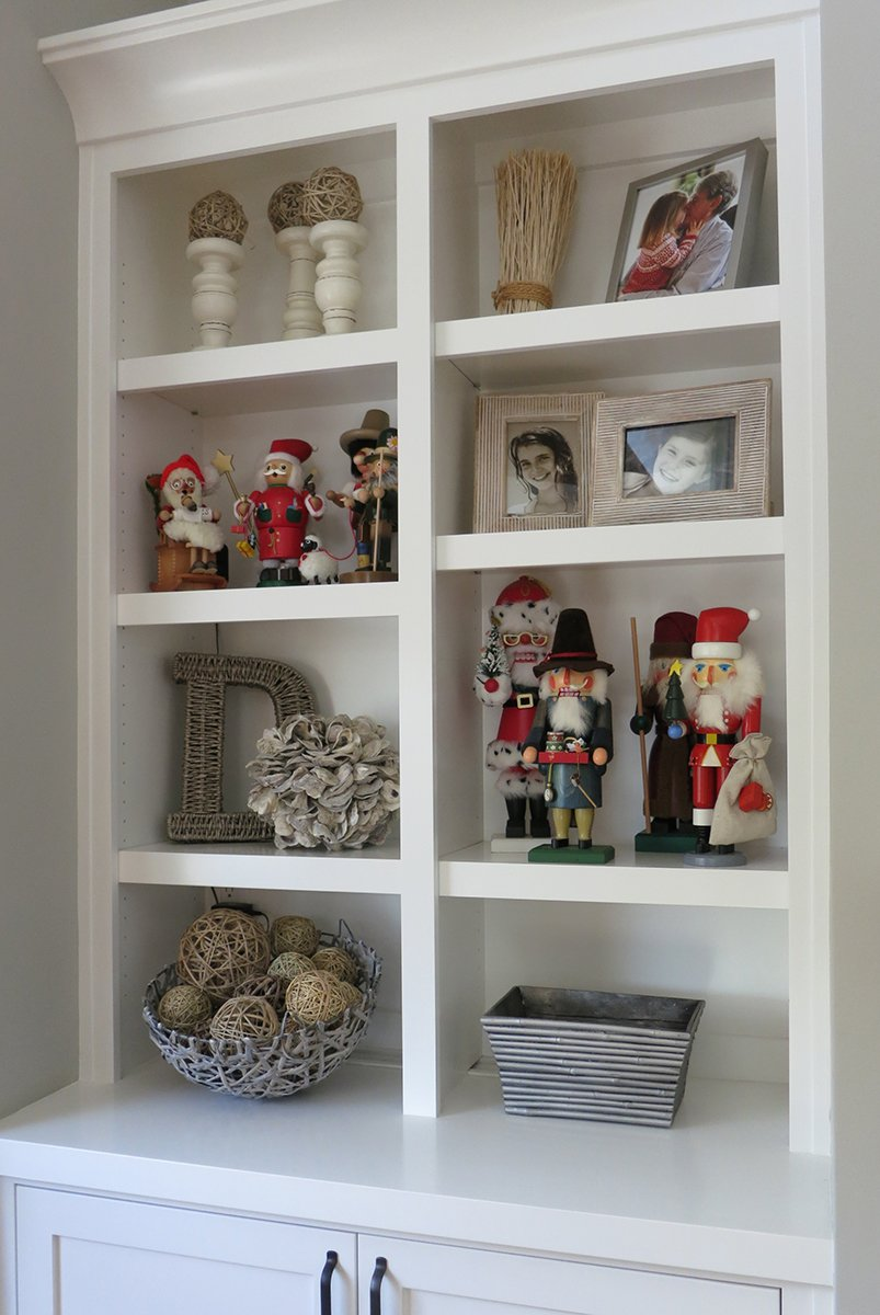 nutcrackers-on-shelf