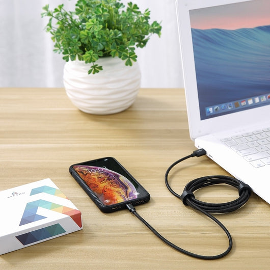 ASESMO Ladegerät Qualcomm Quick Charge 3.0 | Ladekabel USB to Lightning (1,8 Meter)