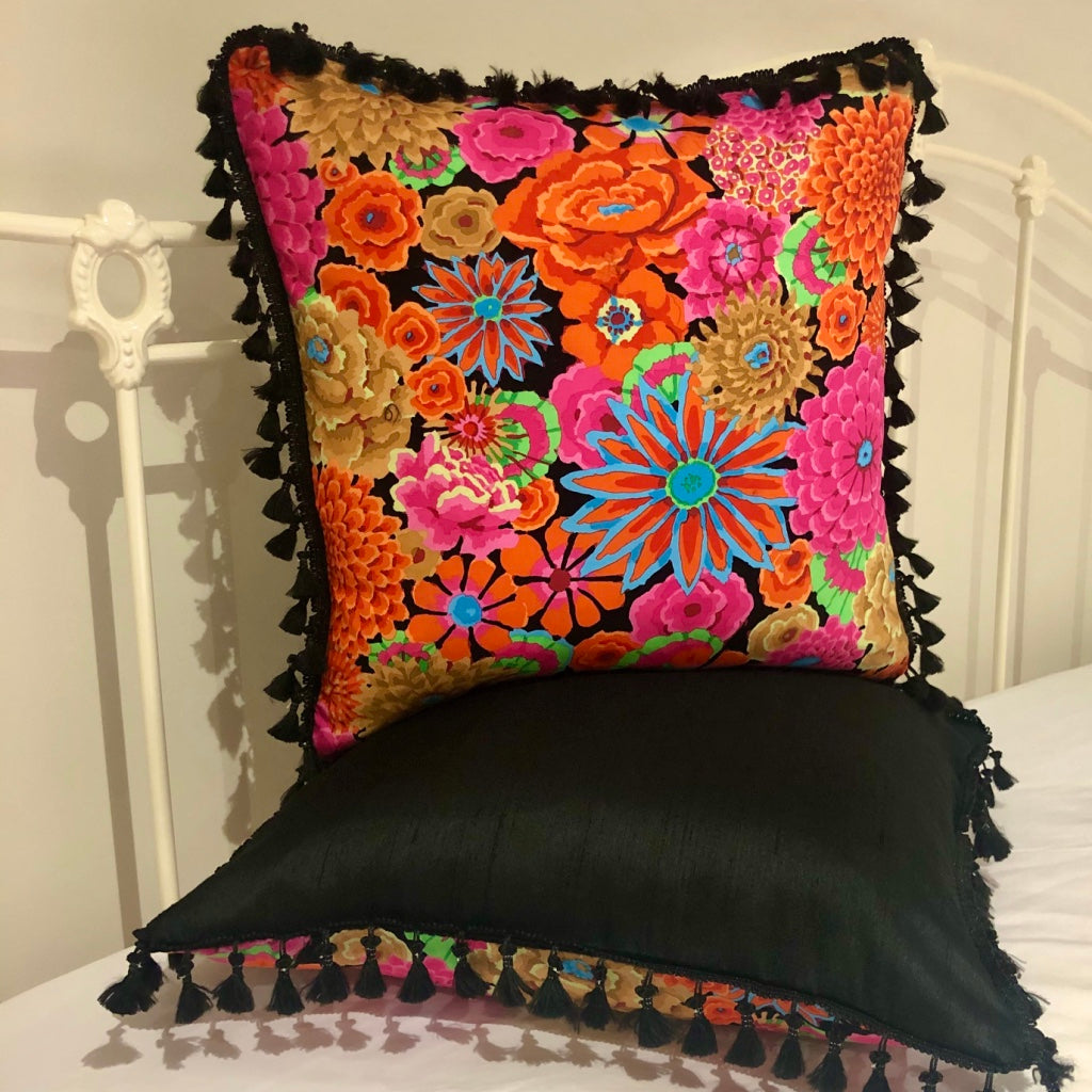 50x50 Fabulous Flower Power Cushions