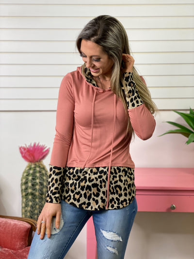 Brick and Leopard Lightweight Top with Hood