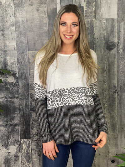 Pattern Mixing White Lightweight Sweater