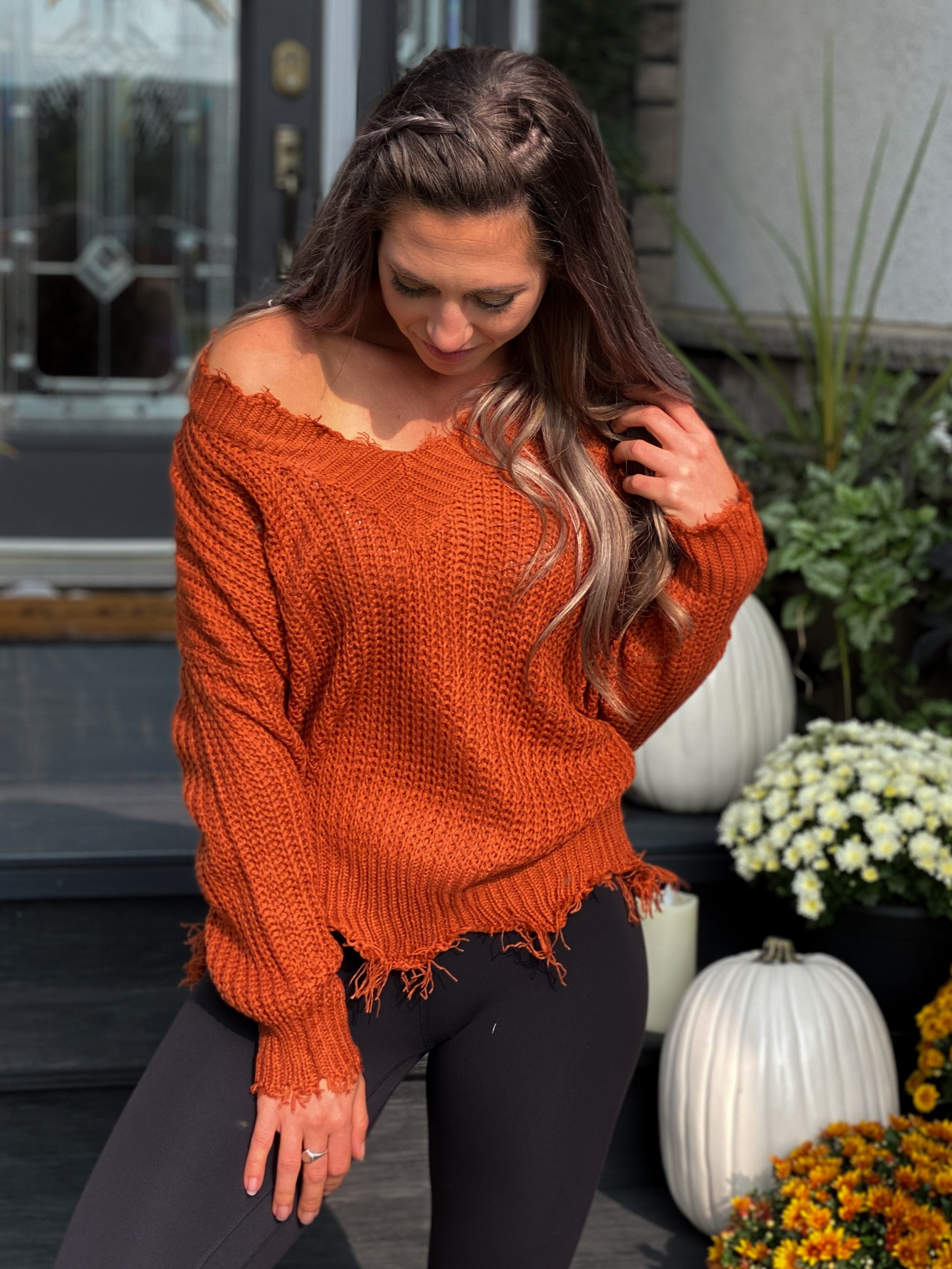 Frayed Vneck Sweater - Rust