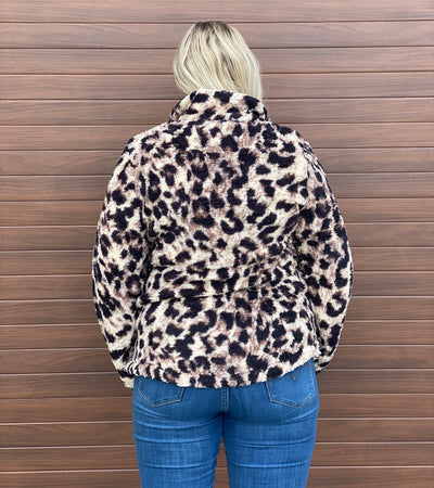 Leopard Sherpa Pull Over (small - 3x)