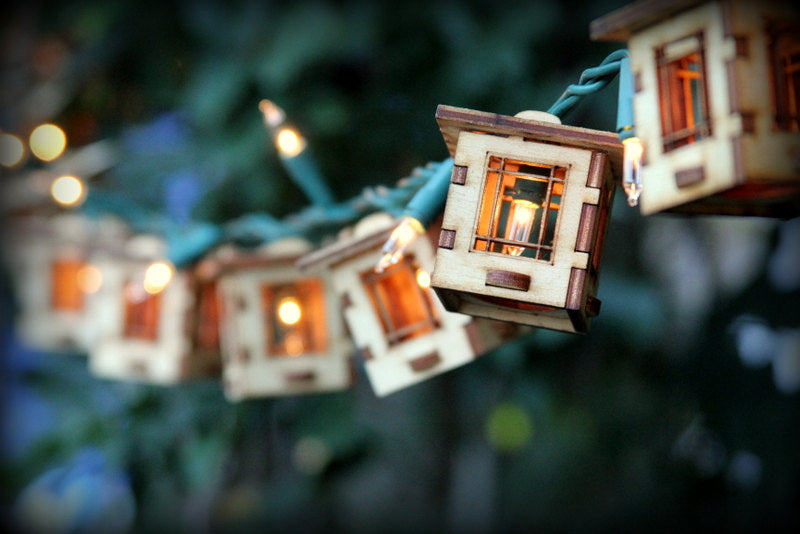 Patio String Lights. Electrolites - Craftsman Style Bungalows. DIY Unique wooden 3D lighting
