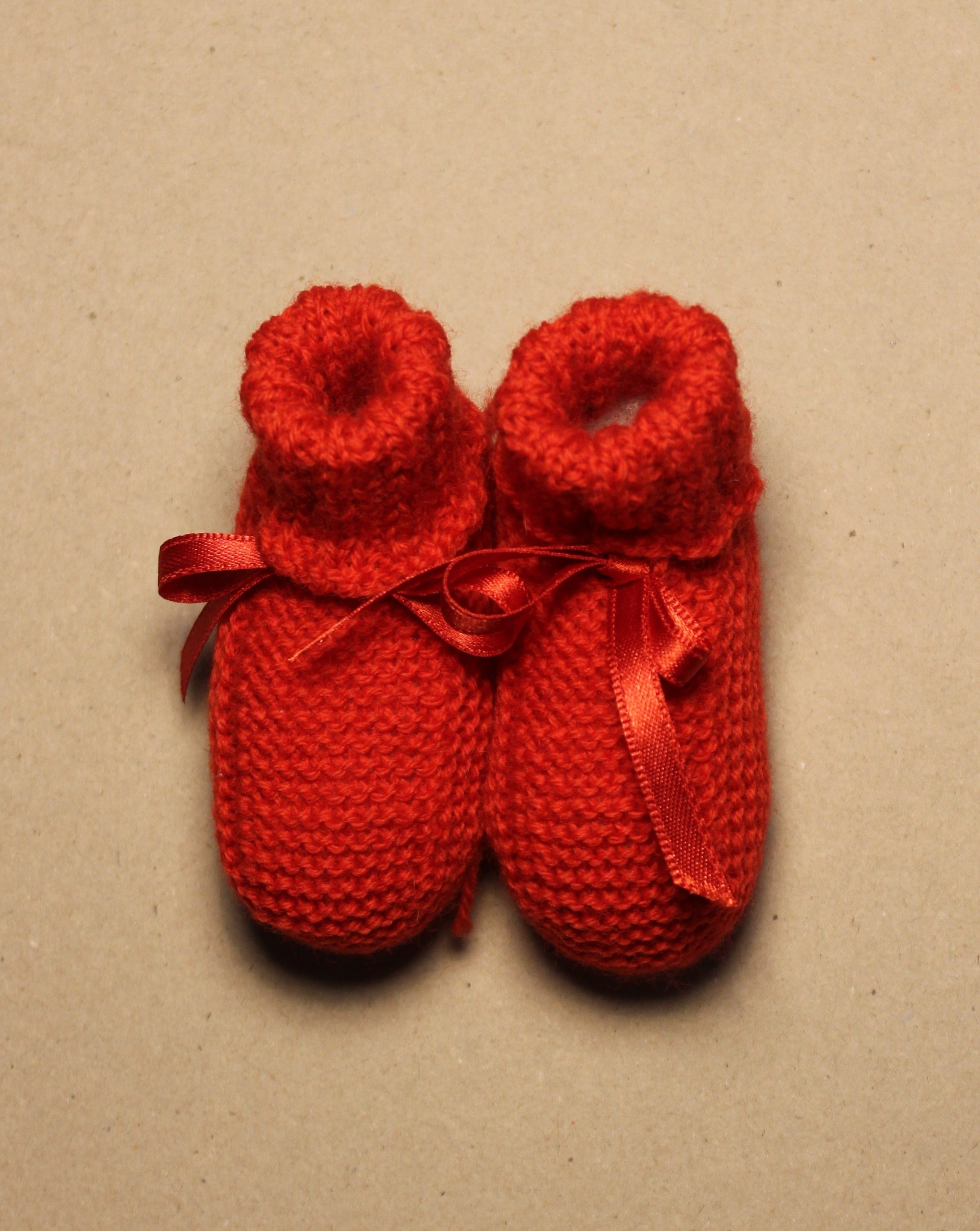 BABY // Knitted boots