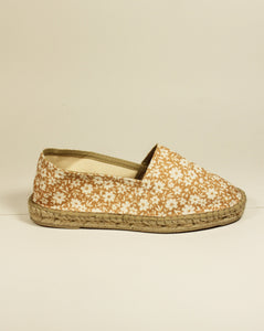 ESPADRILLES // Classic Flat Orange Flowers