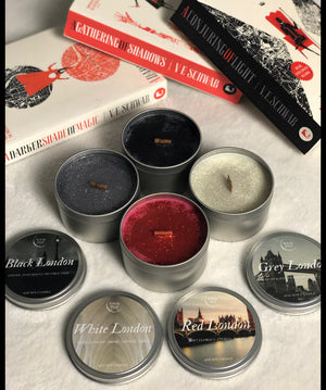 A Darker Shade of Magic Londons Special Edition Bundle