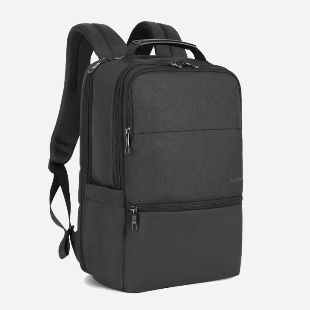 Black petronas business travel backpack