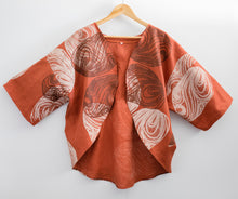 Load image into Gallery viewer, Kinyingarra (Oyster) - Handprinted Linen Shrug