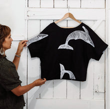 Load image into Gallery viewer, Migalu Yalingbilla (White Humpback) - Handprinted Linen Top