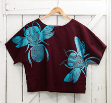 Load image into Gallery viewer, Jalaman (Native Bee) - Handprinted Drill Top