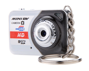 Portable Digital Camera Ultra HD Mini Camera 32GB TF Card w/ Mic Digital Video Camera PC DV Camcorder Shooting Recording