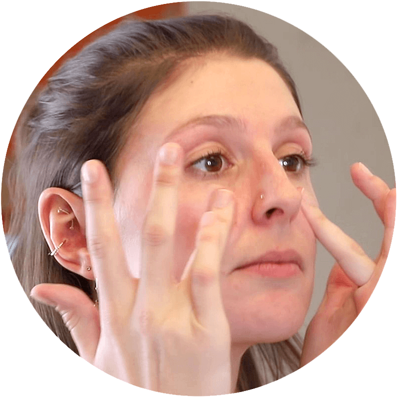 Massage in circular movements around the eye