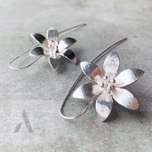925 Sterling Silver Flower Drop Earrings from jewelleryae.com