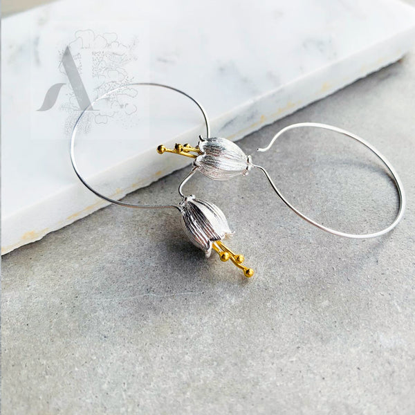 925 Sterling Silver Flower Earrings with a gold plated centre