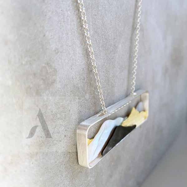 925 Sterling Silver Wanderlust Mountain View Necklace