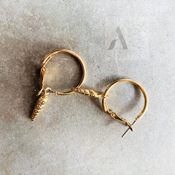 Gold Tone Sea Snail with Small Hoop Earrings