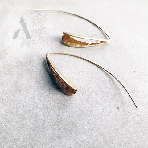 Long Gold Tone Leaf Minimalist Earrings Jewellery AE