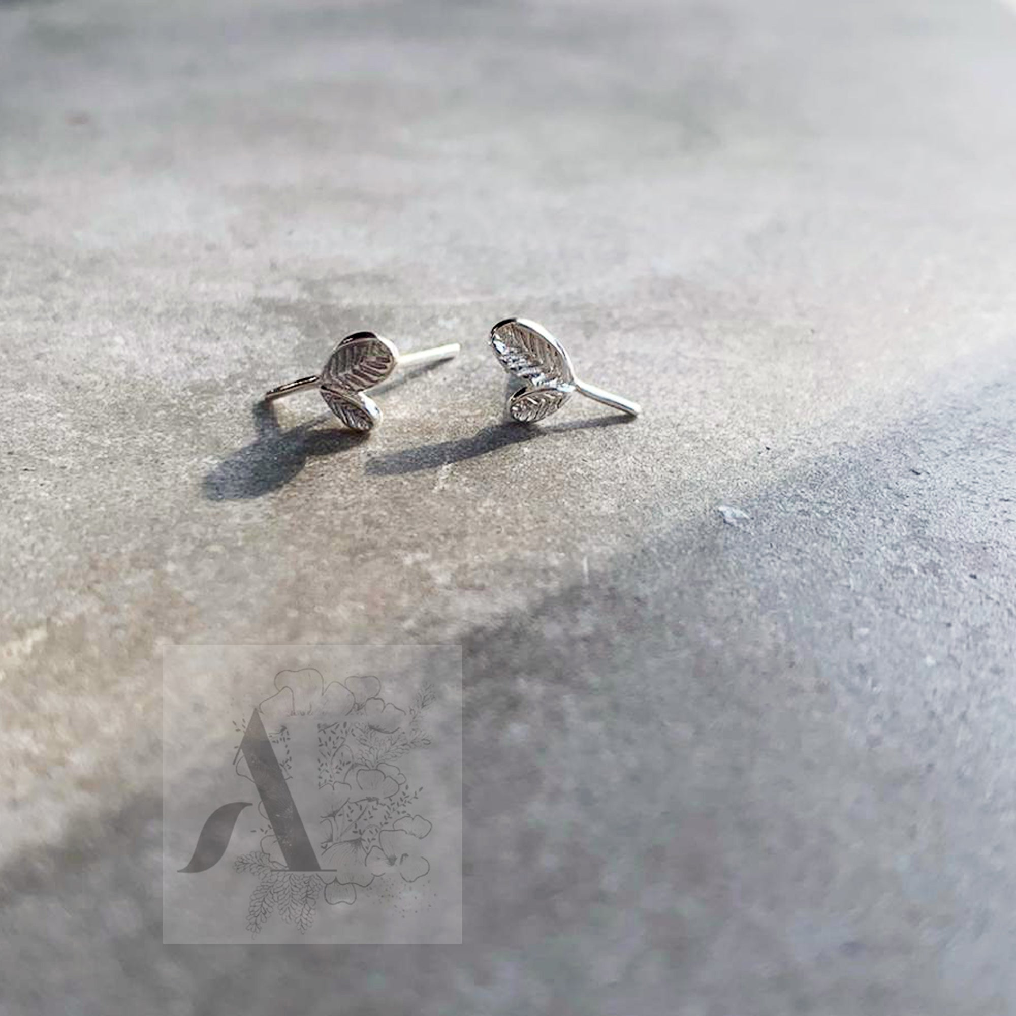 925 Sterling Silver Tiny Leaf Earrings