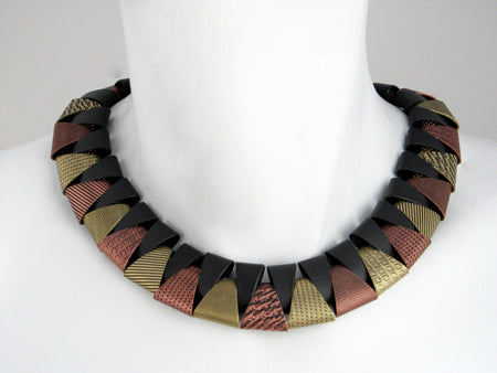 Antique Round Collar Necklace