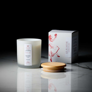 SO-VANILLA-LUX-BY-NATURE-CANDLE-WITH-ESSENTIAL-OILS
