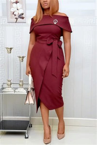 Fashion Sexy Solid Color Off Shoulder Dress (Brooches Match Randomly)