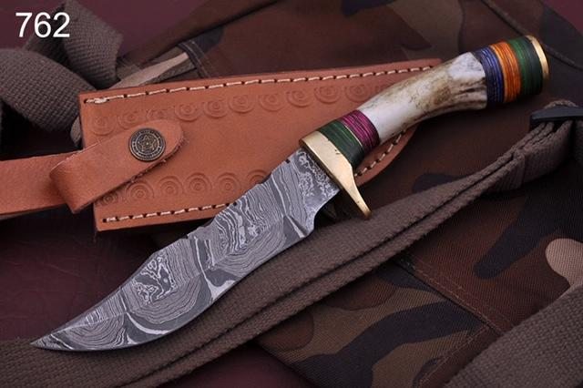 Custom Hand Forged Damascus steel Hunting Knife Stag Handle brass guard-AJ 762