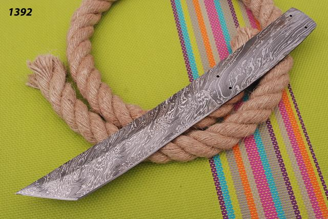Custom Hand Forged Damascus steel Tanto hunting knife blank blade full tang -AJ 1392