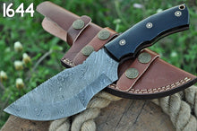 Load image into Gallery viewer, Damascus Steel Hunting Tracker Knife Bull horn Handle-AJ-1644