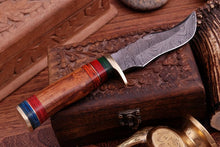 Load image into Gallery viewer, Damascus Hunting Knife Brass Guard & Rose Wood Handle -Q 407