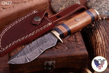 Load image into Gallery viewer, Damascus Hunting Knife Brass Guard & Rose Wood Handle -Q427