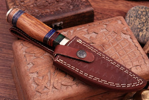 Custom Hand Forged Damascus Hunting Knife Brass Guard & Rose Wood Handle -Q462