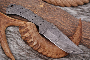 Custom Hand Forged Damascus Steel Hunting blank blade Knife AJ-2569