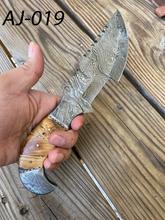 Load image into Gallery viewer, Hand Forged Damascus Steel Hunting Tracker Knife Olive wood Handle-AJ-019
