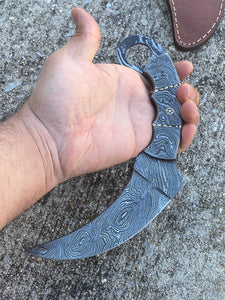 Custom Hand Forged Damascus  Karambit Hunting Knife With Damascus Steel Handle comes with Leather sheath  AJ-0096