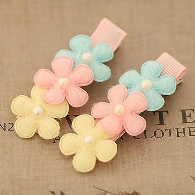 Three Tiny Flowers with Pearl Hair Clip for Girls Solid Color Flower Hair Pins for Kids Flower Hair Accessories
