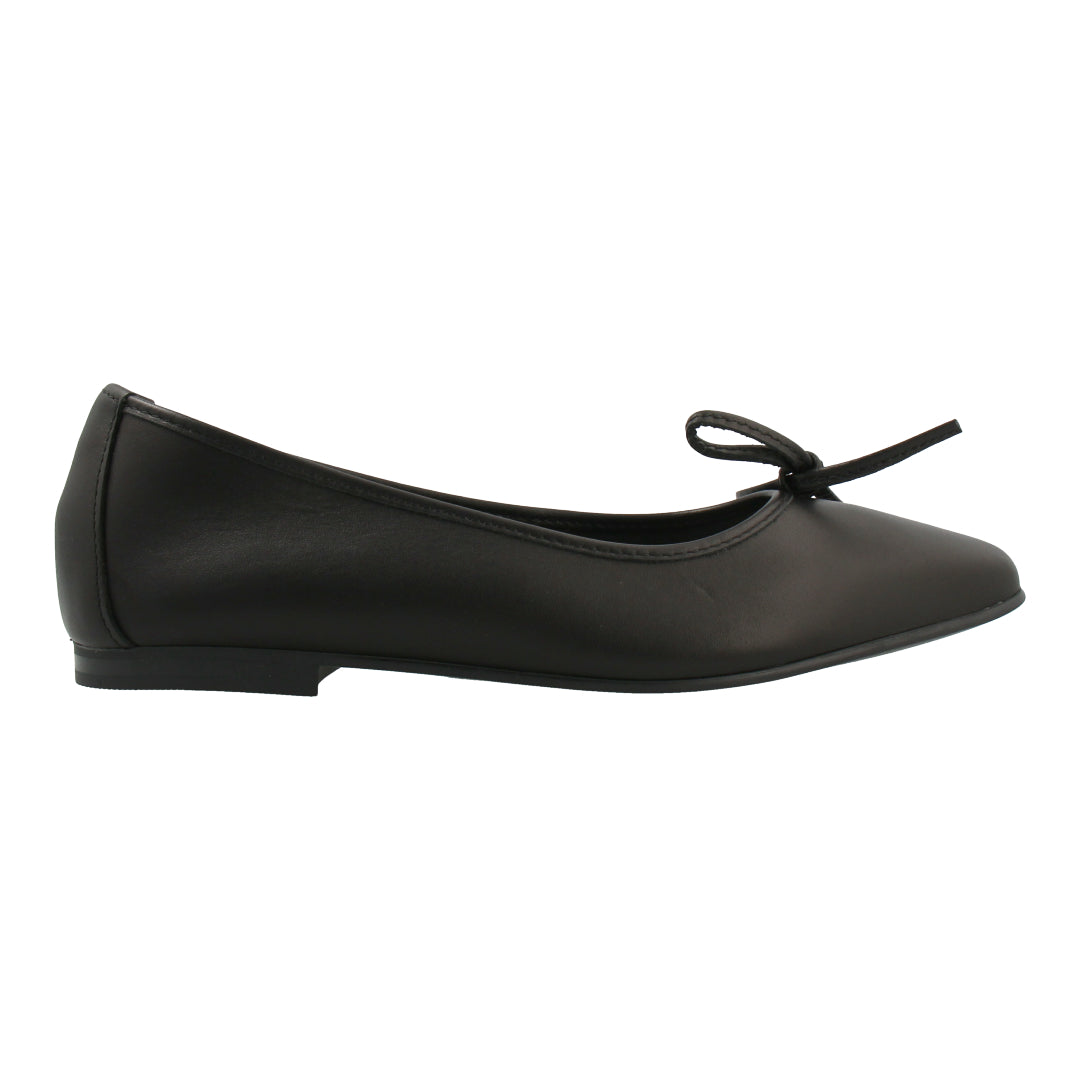 Leather Ballet Flats (Black)