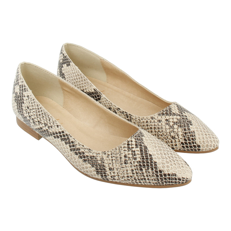 Python-effect Leather Flats (White)